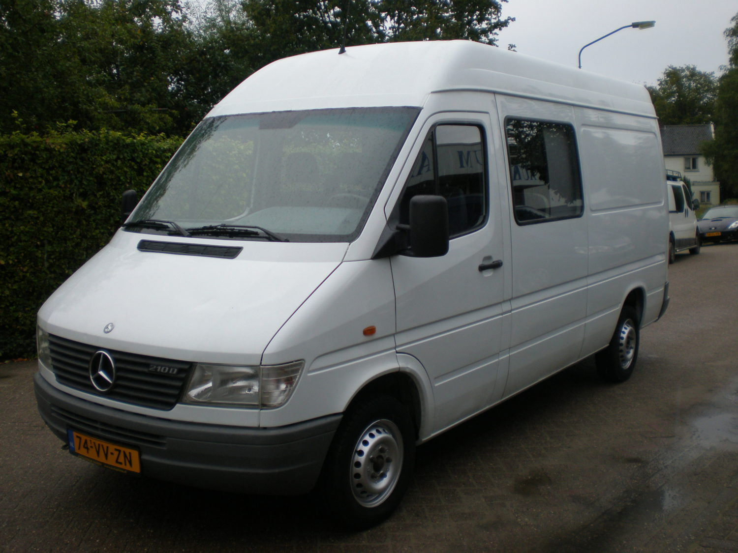 mercedes benz sprinter 210 cdi dc autocentrum haaren. Black Bedroom Furniture Sets. Home Design Ideas